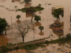 A tragédia das chuvas no Paraná