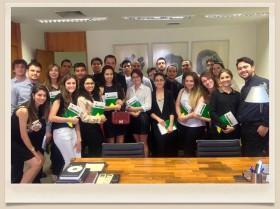 Futuros advogados de Maringá visitam gabinete do senador Alvaro Dias