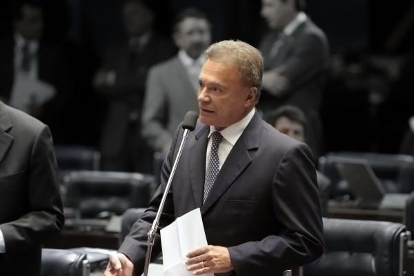 O Brasil do PT: déficit externo, empréstimos secretos, obras paradas, inflação, 50 mil assassinatos por ano…