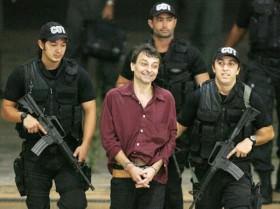 Cesare Battisti: Condenado na Itália, enfim deve ser deportado do Brasil.