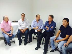 Alvaro Dias se encontra com líderes dos caminhoneiros no Sudoeste do Paraná
