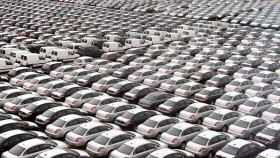 Crise econômica atinge em cheio o setor automobilístico no País