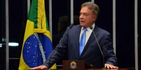 Governo do balcão de negócios tenta transferir ao mundo responsabilidade pela crise brasileira