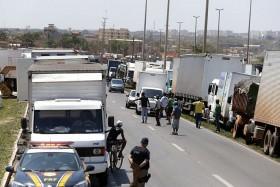 Medida para atingir caminhoneiros é inconstitucional e transforma multa em instrumento de repressão política