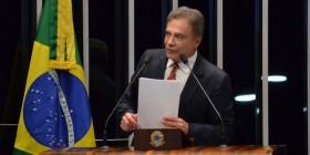 Corrupção enfraquece as instituições e sepulta as esperanças da população, afirma Alvaro Dias