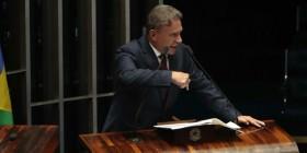 """""""Um novo conceito de Justiça emergiu do mar de ilícitos"""", afirma Alvaro Dias"""