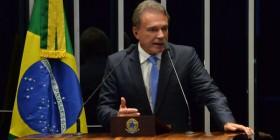 Governo Dilma cometeu crime de obstrução da Justiça, afirma Alvaro Dias