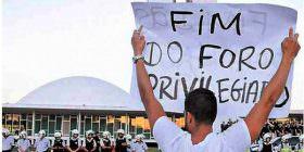 Alvaro Dias pede urgência na votação da PEC de sua autoria que acaba com o foro privilegiado