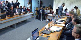 Foro privilegiado, agilidade e produtividade da Justiça e outros temas em debate durante sabatina na CCJ