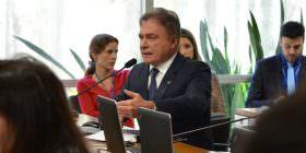 Alvaro Dias diz que Dilma, além de responsável pelas pedaladas, foi a principal beneficiária do crime