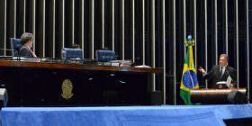 Alvaro Dias apresenta projeto para reformular a lei que regula os crimes de responsabilidade no País