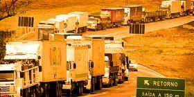 Caminhoneiros são vítimas dos erros do governo do PT, afirma o líder do PV