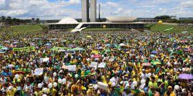 Alvaro Dias apresenta PEC que prevê recall político