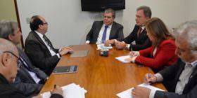 Alvaro Dias reitera apelo para construção da segunda ponte de Foz