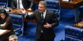 Alvaro Dias critica estratégia dos defensores de Dilma de tentar desqualificar testemunhas