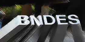 """BNDES: mais de 700 bilhões para criar """"campeões nacionais"""" e emprestar, a fundo perdido, a outros países"""