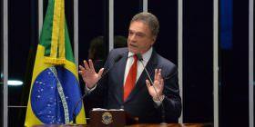 Fim do foro privilegiado representa o início de uma nova Justiça no país, afirma Alvaro Dias