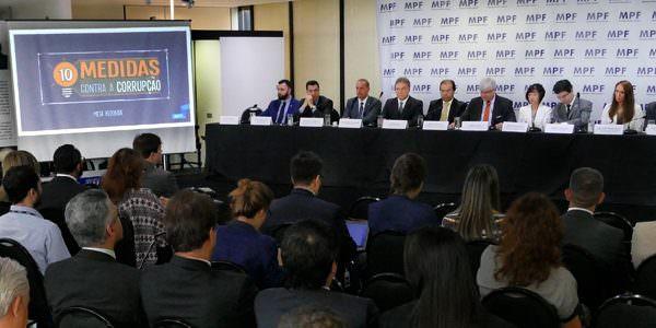 Em evento na PGR, Alvaro Dias defende que Senado recupere o pacote original das medidas anticorrupção
