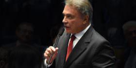 Presidente do Senado decide iniciar a discussão e votação da PEC do foro privilegiado no Plenário