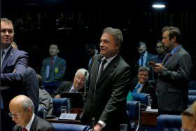 Plenário aprova a PEC do fim do foro privilegiado em primeiro turno