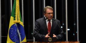 Apac é solução para reduzir custos do sistema prisional, afirma Alvaro Dias