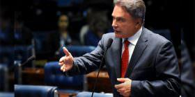 Alvaro Dias diz que fim do foro privilegiado é uma exigência da sociedade brasileira