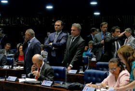 Alvaro Dias pede urgência em auditoria do TCU nos contratos de concessões ferroviárias do governo