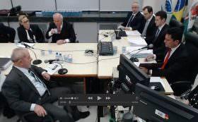 Lula não só sabia da corrupção na Petrobras como tentou impedir investigações, afirma Alvaro Dias