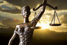 Cleptocracia vendia Leis – Sugestão de Leitura